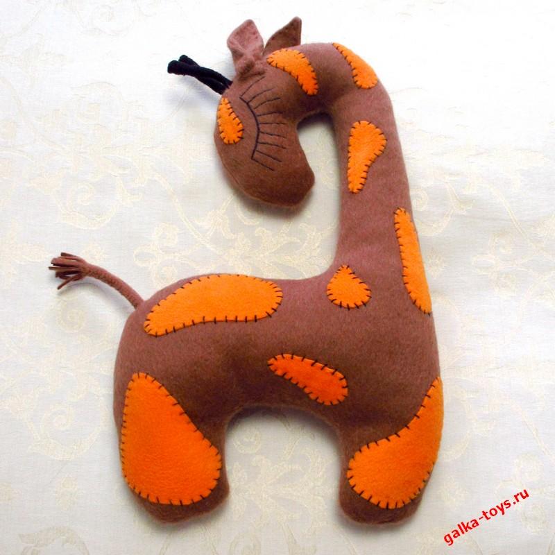 Подушка «Жираф в пятнышках»