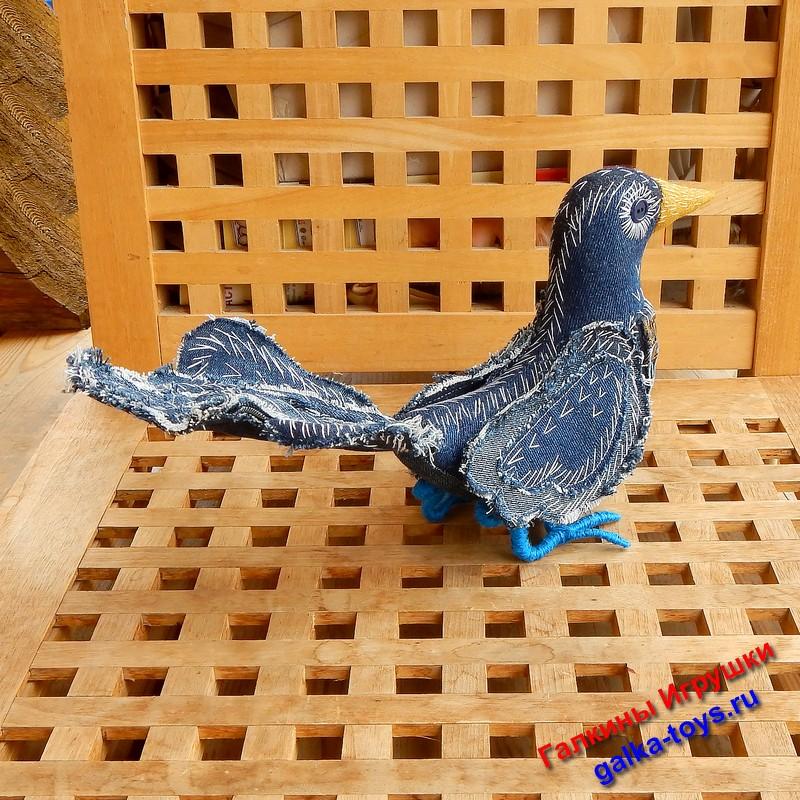 поделка птица счастья,символ добра,красивые мягкие игрушки,птица счастья фото,птица с синей головой,символ гармонии,гамаюн птица вещая,голубо синяя птица,птица с синими перьями,символ счастья и удачи,символы удачи и успеха,символы приносящие удачу,птица счастья купить,синяя птица символ,птица с синими лапами,птица счастья игрушка,птица счастья из ткани,весенняя птица из ткани,оберег птица из ткани